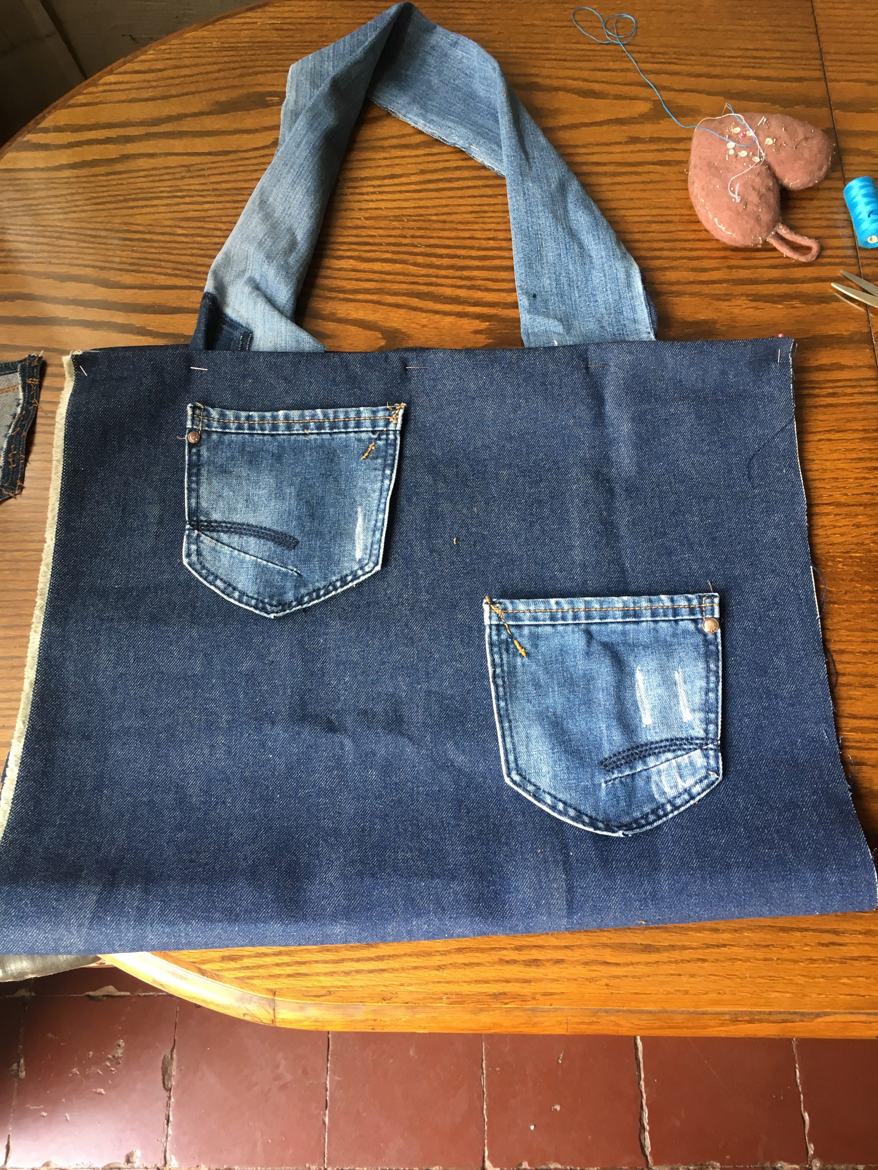 Portada Recicla Jeans (R.J.)