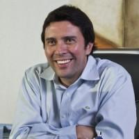 Renzo Giaverini Parada